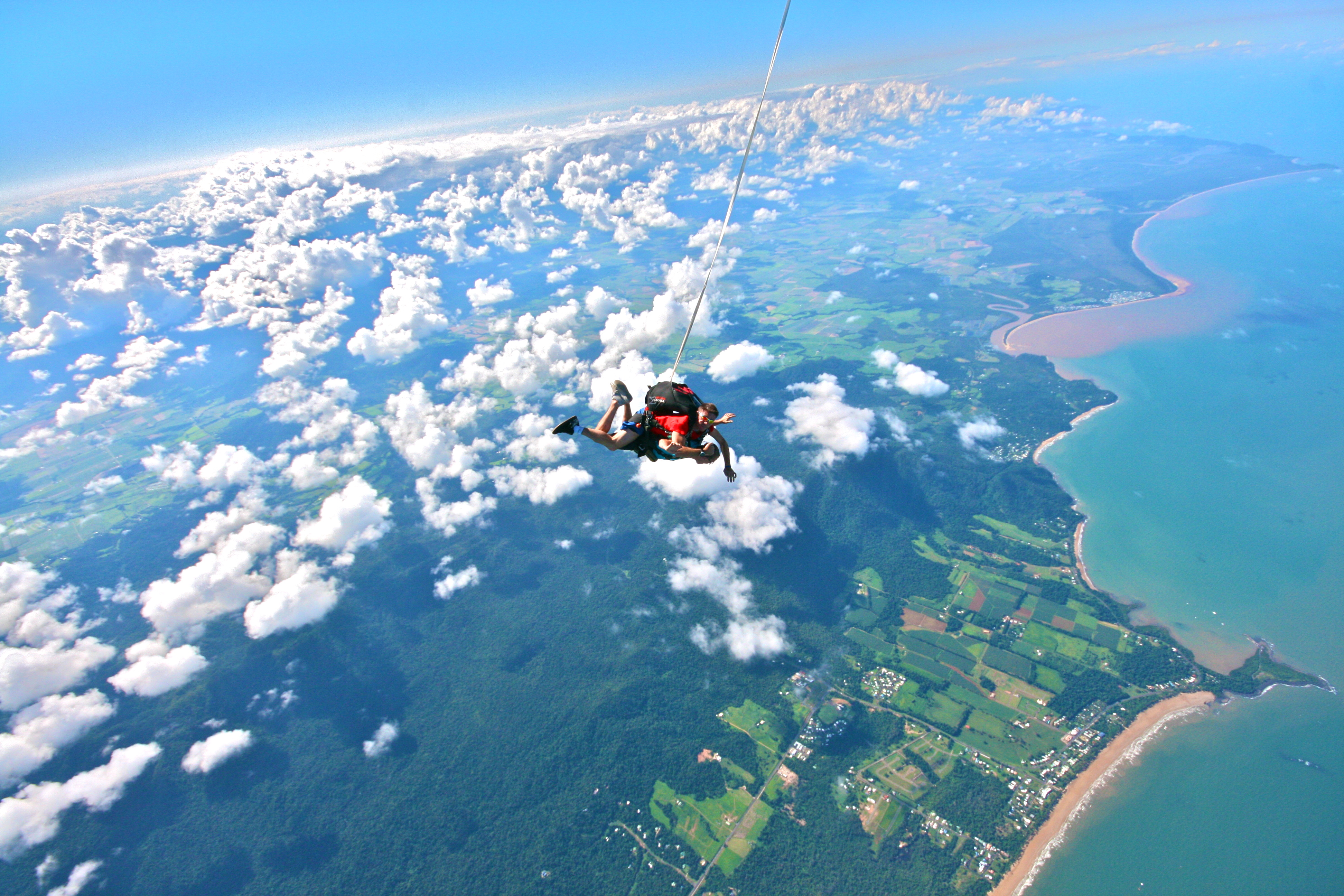 australia skydive mission beach travels of a flight. Black Bedroom Furniture Sets. Home Design Ideas
